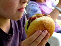 "Does Your Child's School Lunch Offer Beef Mixed With ""Pink Slime""?"