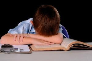 4 Ways to Help Reluctant Kids With Research Papers